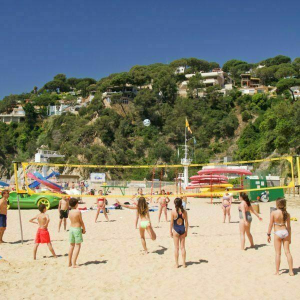 Beach games 588