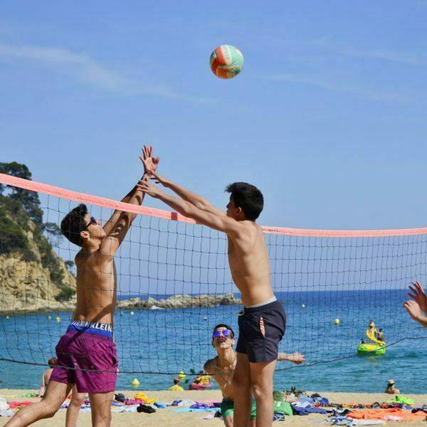 Beach games 592
